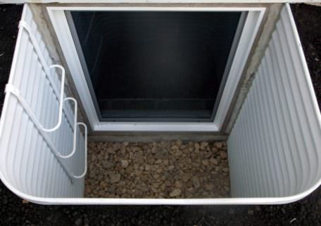 White egress ladder