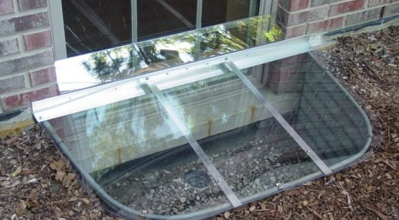 polycarbonate backsplash add-on to cover the gap between the cover and the window pane