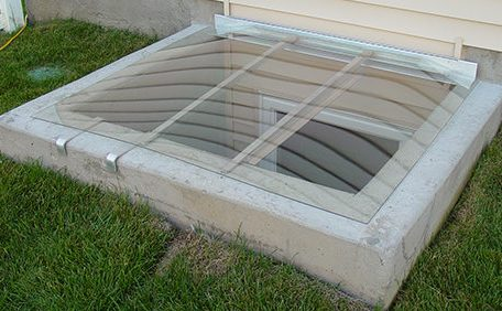 Square window well cover