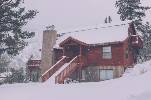 home during snow storm